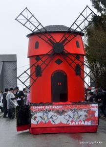 Char Moulin rouge